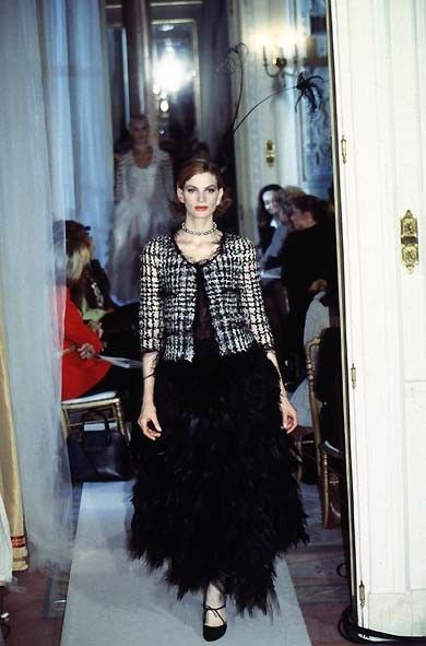 "Robe ""¨Plume de coq"" Chanel Collection Printemps-Eté 1997"
